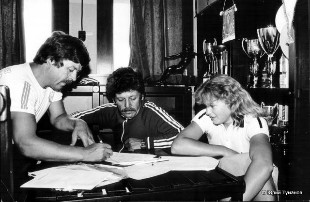 Наталья Румянцева со своими тренерами - Валерием и Юрием Нехаевскими