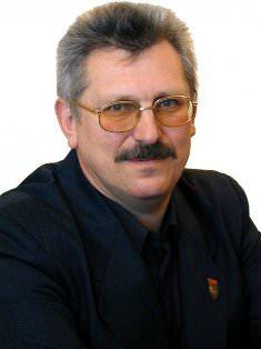 Владимир Генов