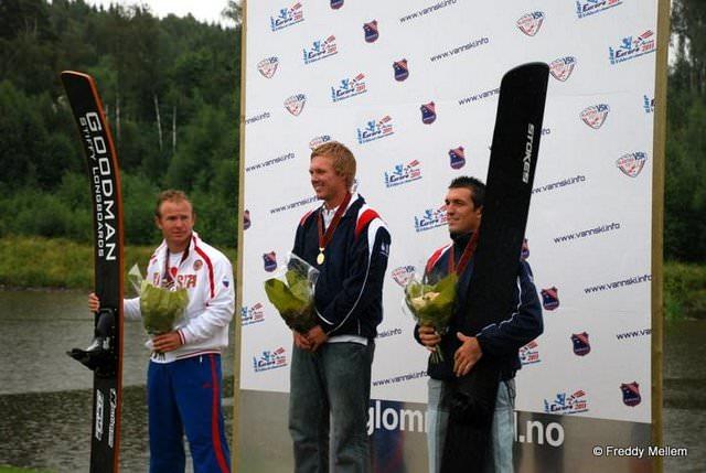 Владимир Рянзин (Россия) - серебряный призер Чемпионата Европы 2011 в прыжках с трамплина