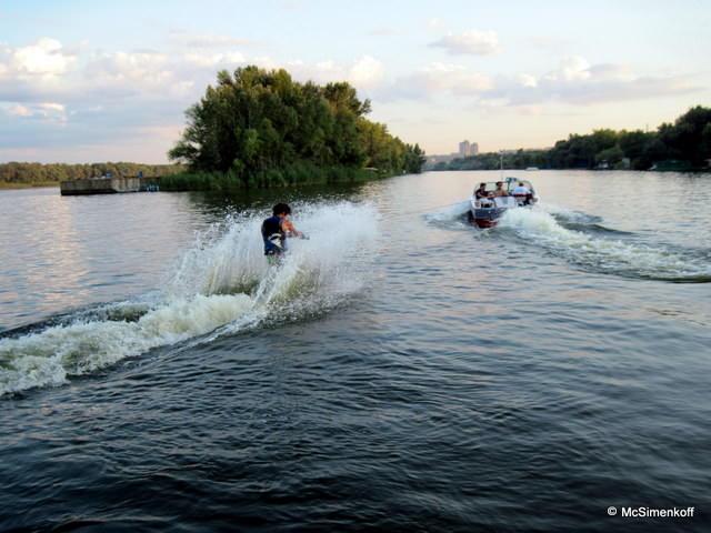 Юношеский Чемпионат Европы 2011 по водным лыжам - день первый