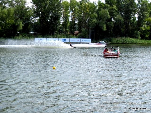Юношеский Чемпионат Европы 2011 по водным лыжам - день второй