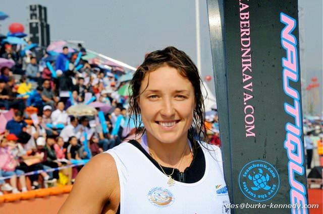 Наталья Бердникова (Нополоцк, Беларусь) выиграла прыжки с трамплина в Китае