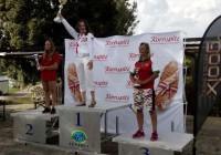 На подиуме Александра Гибинска (Россия), Анна Стрельцова и Ольга Павлова (Беларусь) - победитель и призеры в прыжках с трамплина