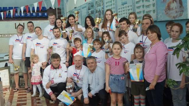 Участники турнира памяти Игоря Лихачева в Рыбинске (фото из ФБ Анны Одинцовой)