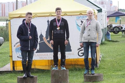 Данил Фильченко (в центре) - трижды чемпион Vega Open 2015 (фото Марины Амельянчик)