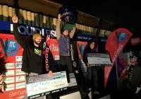 Игорь Морозов, Райан Додд, Фредди Крюгер на подиуме London Night Jump 2015 (фото Stokes Skis)