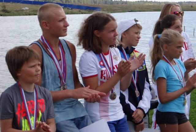 На церемонии награждения победителей первенства России 2015 (фото из ФБ Татьяны Чураковой)