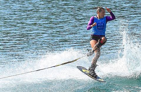 На дистанции - блистательная Наталия Бердникова. Фото Des Burke-Kennedy