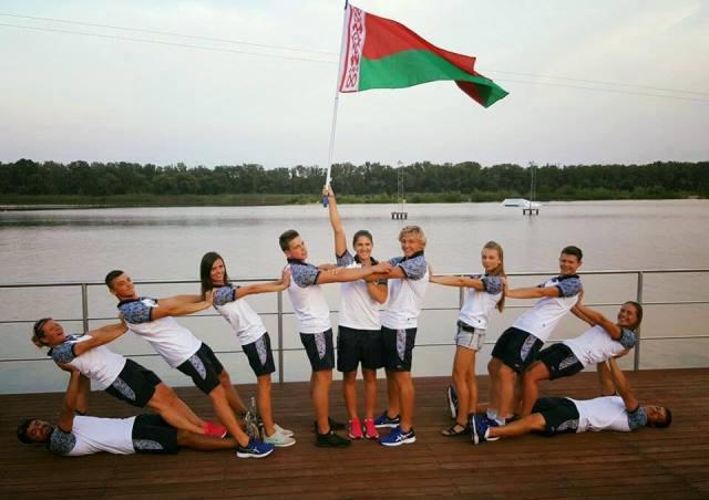 Сборная Беларуси - чемпион Европы 2016. Фото из ФБ Наташи Геновой