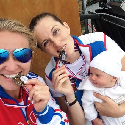 Эти медали - высшей пробы. Фото из ФБ.