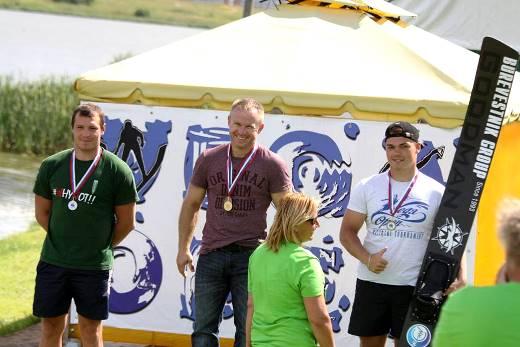 Владимир Рянзин, Степна Шпак и Егор Арефьев - медалисты в прыжках с трамплина. Фото Марины Амельянчик
