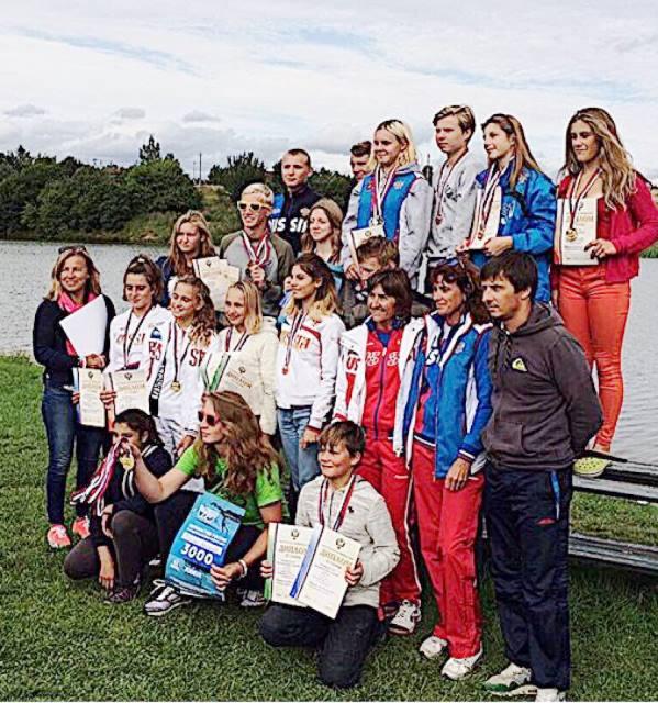 Юные чемпионы и их тренеры. Фото из ФБ Алексея Мухина