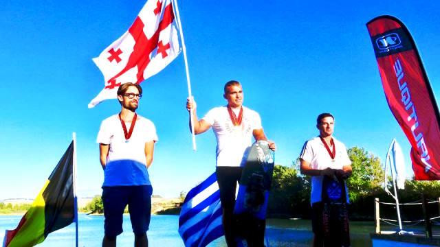 Геннадий Гуралия на подиуме чемпионата Европы 35+. Фото из ФБ