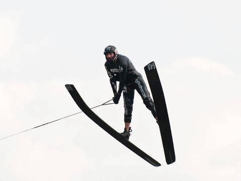 Полет Игоря Морозова. Фото Марии Зылёвой