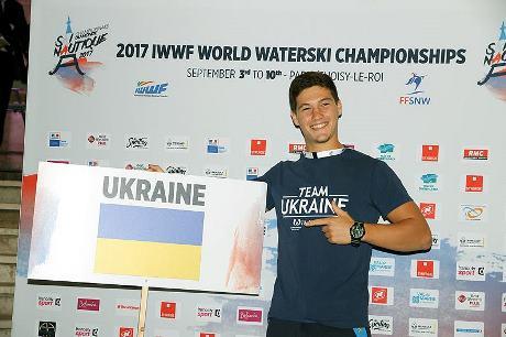Данил Фильченко, топ-7 в фигурном катании у мужчин. Фото FFSNW