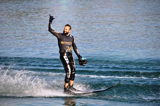 Игорь Морозов после победного прыжка. Фото Jürgen Weichhart