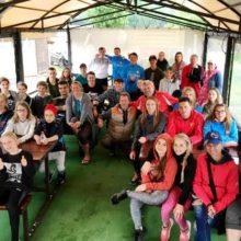 Белорусские и словацкие воднолыжники - участники соревнований в честь Дня Победы. Фото школы Геновых