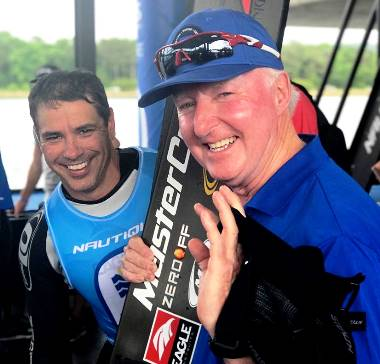 Des Burke-Kennedy и легендарный Фредди Крюгер, многократный чемпион и рекордсмен мира из США. Фото из ФБ