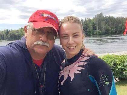 Катя Киселева с заслуженным тренером РБ Аркадием Геновым. Фото из ФБ А.Н. Генова