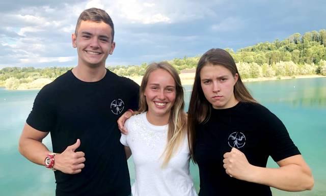 Алекс Самойлов и Соня Максименкова с австрийской воднолыжницей Nicola Kuhn на турнире Mevisto Austrian Open 2018. Фото из ФБ