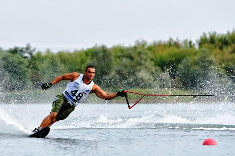 Генадий Гуралия на трассе слалома. Фото из ФБ спортсмена