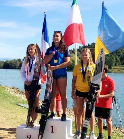Станислава Просветова - бронзовый призер чемпионата Европы до 21 года в слаломе - с новым национальным рекордом Украины. Фото Sentosa Waterski Team