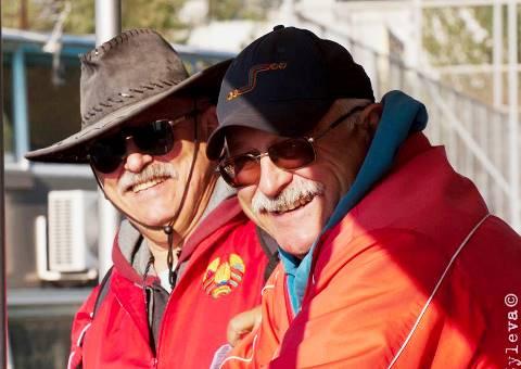 Братья Аркадий и Владимир Геновы. Фото Марии Зылёвой