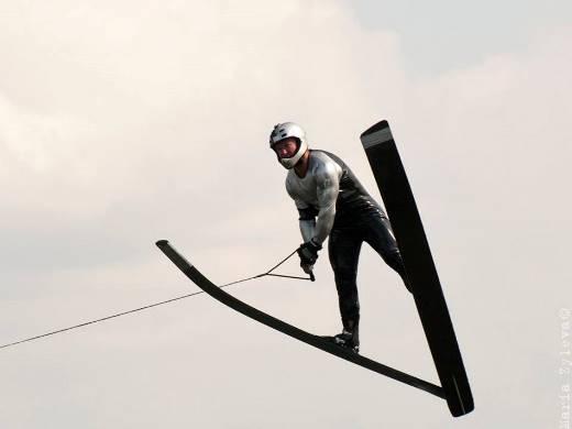 Владимир Рянзин совершил лучший прыжок 49-го этапа Кубка мира и установил новый рекорд России. Фото Марии Зылёвой